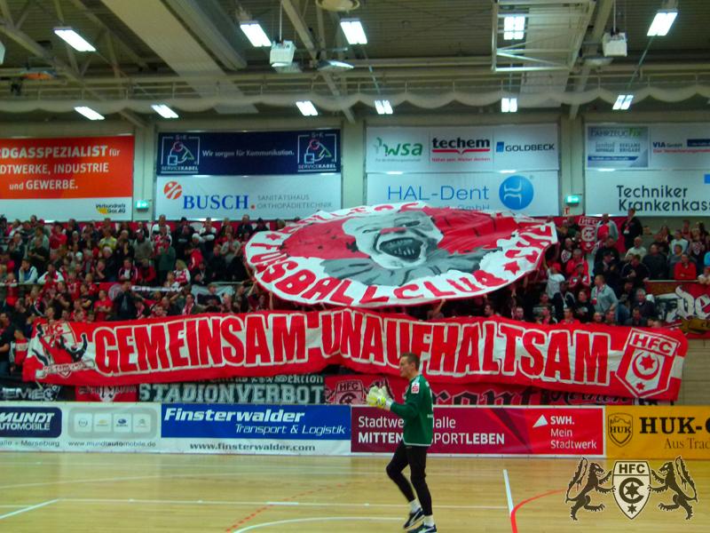 Hallentunier in Halle