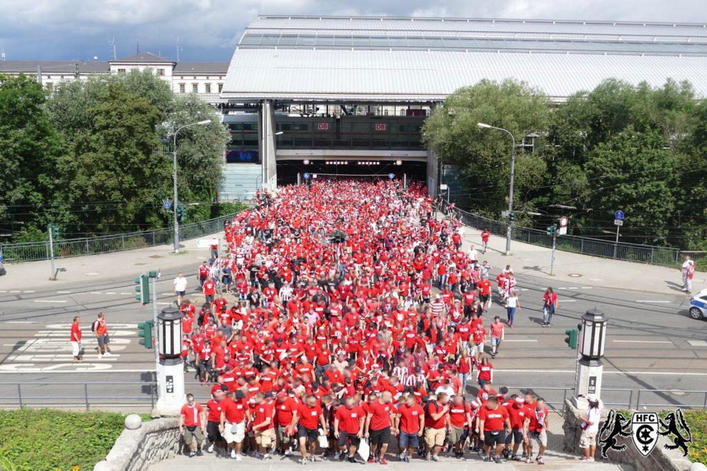 1. Spieltag: FC Rot-Weiss Erfurt vs. Hallescher FC